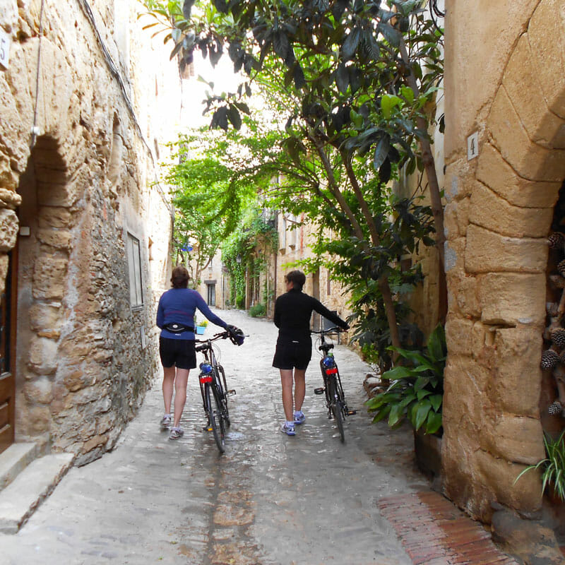 girona-cycling-centre-day-trip